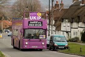 Battle buses majú vo Veľkej Británii tradíciu od roku 1940. Foto: The Daily Telegraph