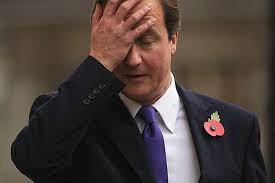 Britský premiér David Cameron chcel referendom riešiť vnútrostranícke problémy. Prerátal sa. FOTO: SITA/AP